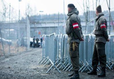 Австрия изпраща армия по границите си
